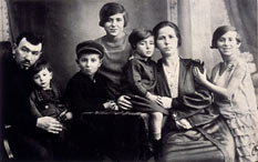 Black-and-white photo of the family of seven