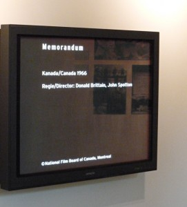 "Monitor with an excerpt from ""Memorandum"" in the permanent exhibition"