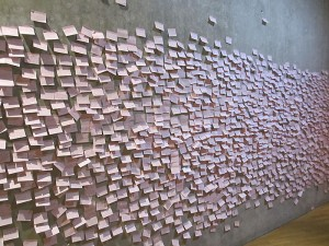 "A wall full of questions at the exhibition ""The whole truth"" © Jewish Museum Berlin, photo: Thomas Valentin Harb"