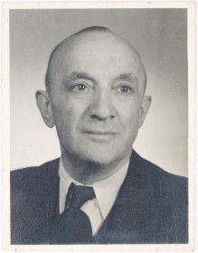 Passport photo of Erich Rosenfeld