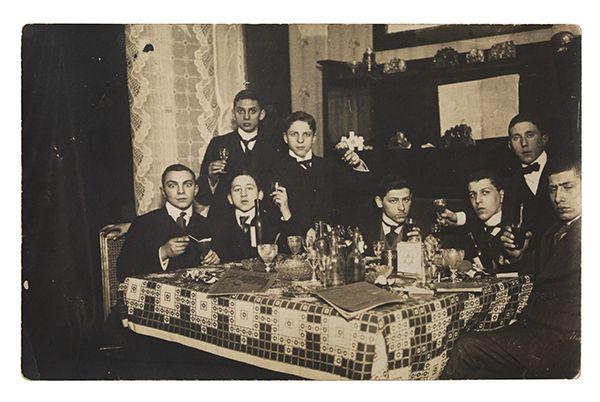 Foto von Walter Frost mit Freunden, 1913