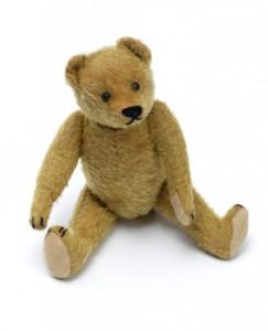 Ein sitzender Teddybär