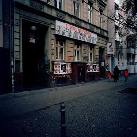 Straßenansicht des Ballhaus Naunynstraße