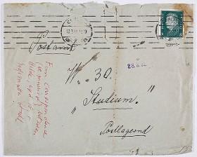 """Briefumschlag aus dem Jahr 1931 mit der Aufschrift """"Fun correspondence (re marriage) between Hilde, aged 18, & Großmutter Stahl"""""""