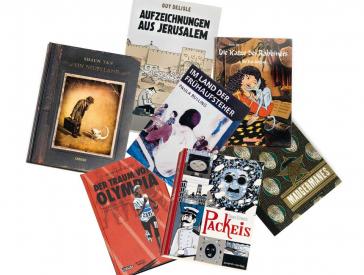 Einige Bücher liegen ausgebreitet da