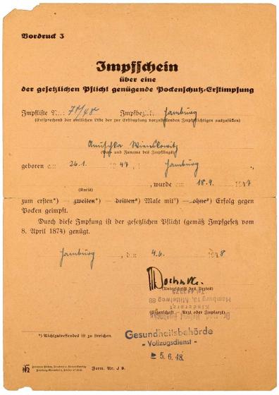 Handschriftlich ausgefüllter Impfschein mit Stempel der Gesundheitsbehörde - Vollzugsdienst - vom 5.6.48