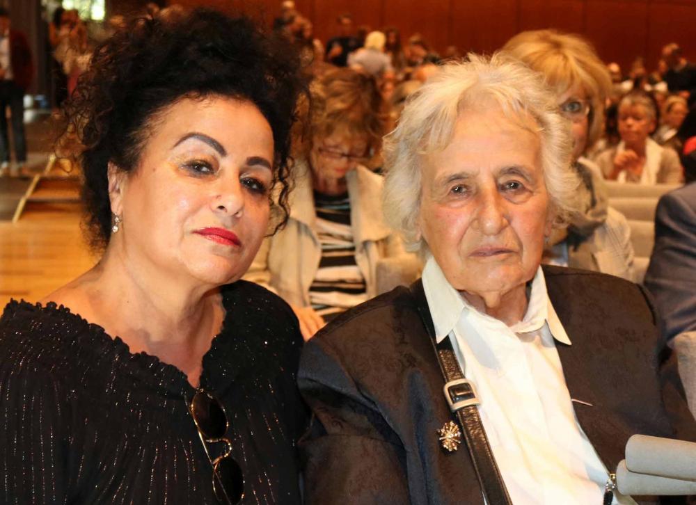 Photograph of Anita Lasker Wallfisch and Maya Jacobs-Wallfisch