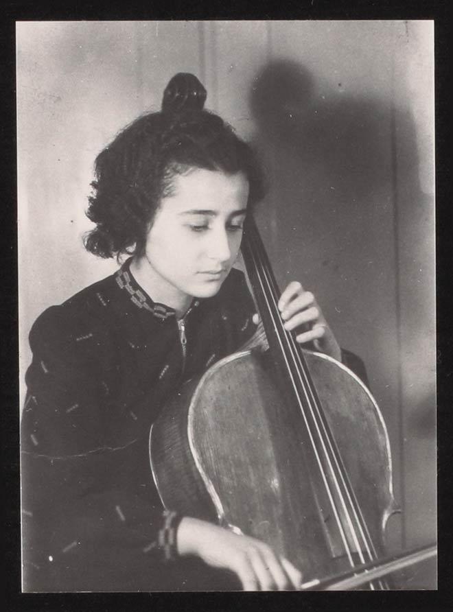 Anita Lasker 1938 playing the cello