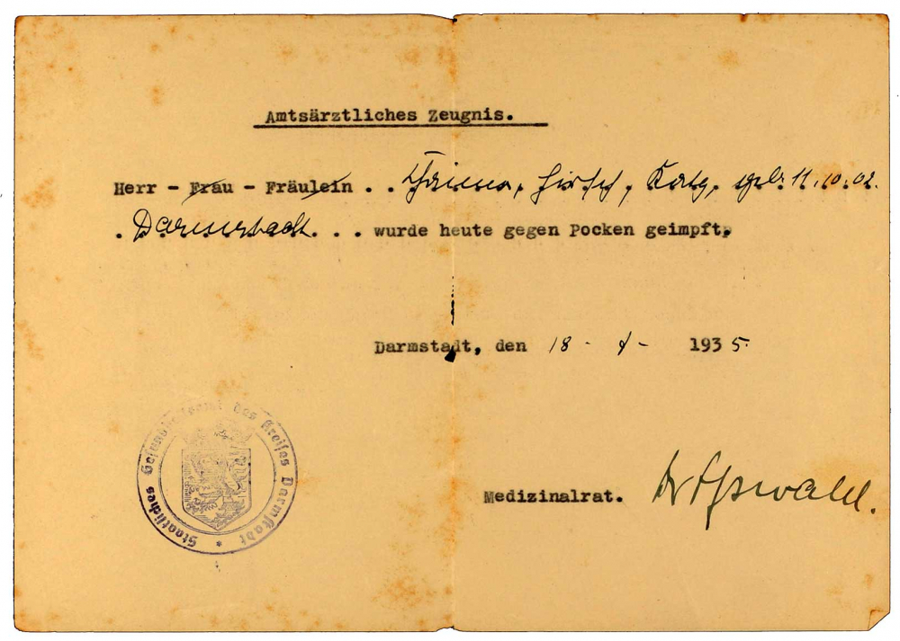 Vaccine certificate for Heinrich Katz: concerning smallpox, printed form, filled out by hand, Darmstadt, 18 Jul 1935