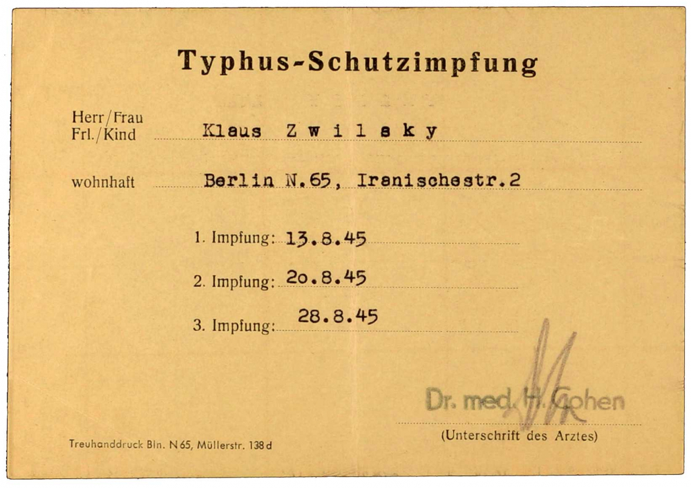 Vaccine certificate for Klaus Zwilsky, issued by Dr. Helmut Cohen, printed form, filled out by hand