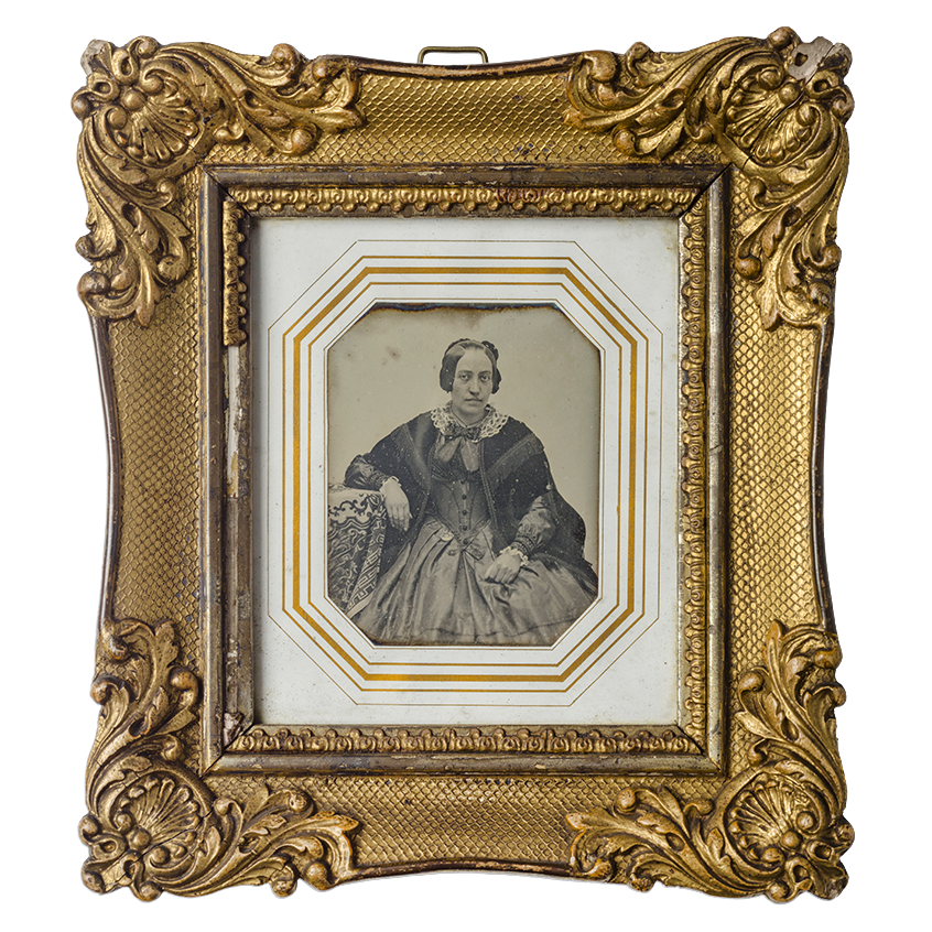 Daguerreotype with gold frame and white passe-partout