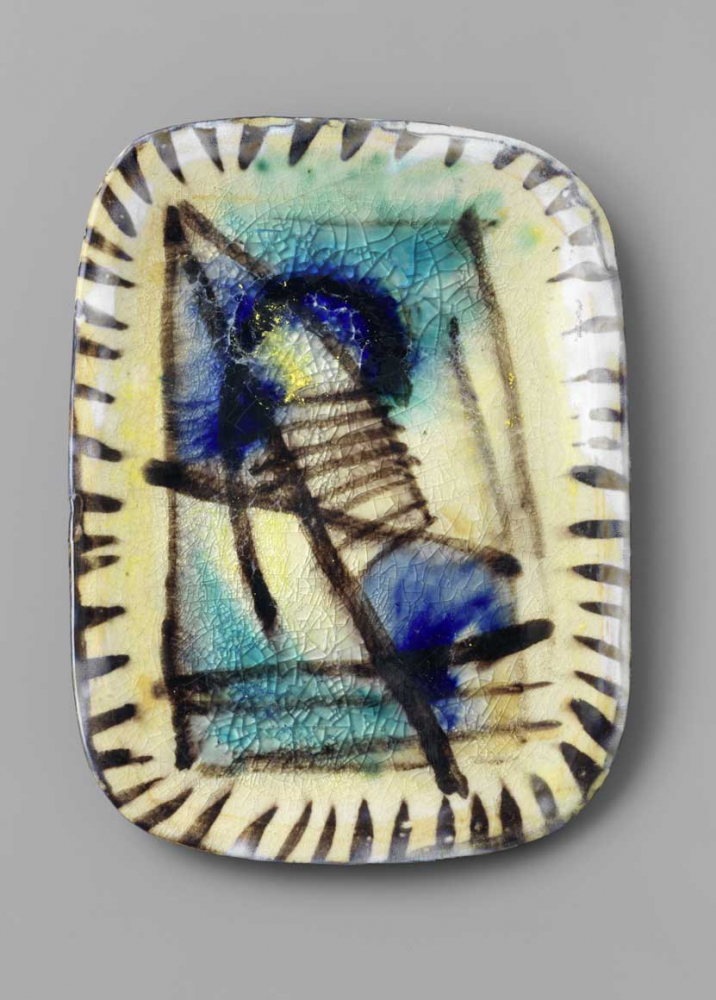 Glass plate with abstract design