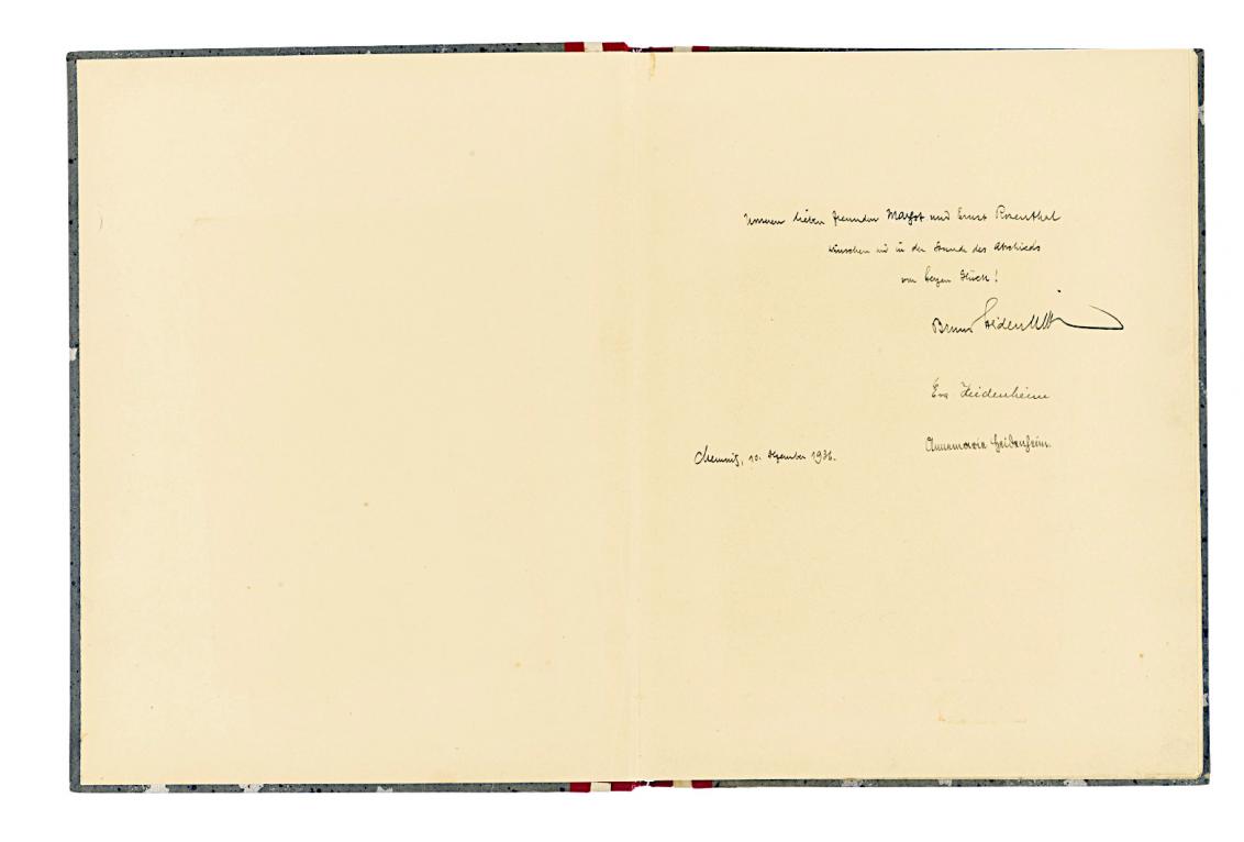Vorsatzblatt des Abschiedsalbum mit handschriftlicher Widmung.