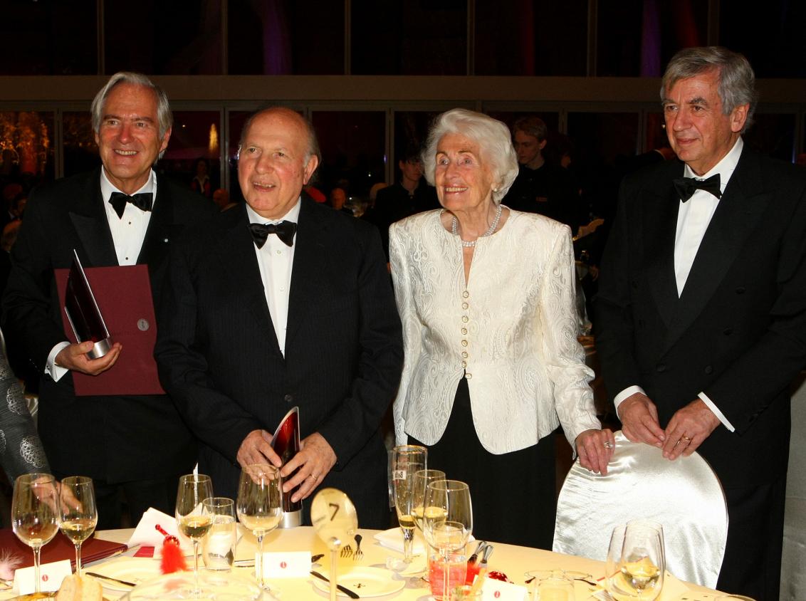 Jubiläumsdinner 2008: Roland Berger, Imre Kertesz, Hildegard Hamm-Brücher und Michael Naumann