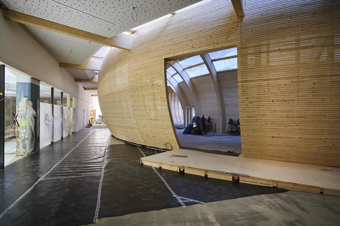 Auf der Baustelle: Außenansicht der Arche.