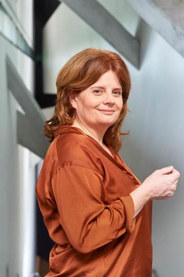 Porträtfoto Léontine Meijer-van Mensch
