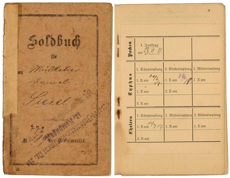 Deckblatt und Seite mit den Impfbescheinigungen aus einem gehefteten Soldbuch: Vordruck, handschriftlich ausgefüllt, Zossen, Neukölln, 3.-21.7.1917