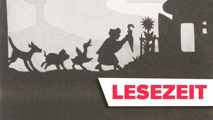 """Scherenschnittartige Zeichnung: eine Dame mit Schirm, eine Gans, ein Schwein und ein Hund gehen hintereinander von links nach rechts durchs Bild auf ein Haus zu. Rechts unten im Bild ist der Schriftzug """"Lesezeit"""" zu sehen"""