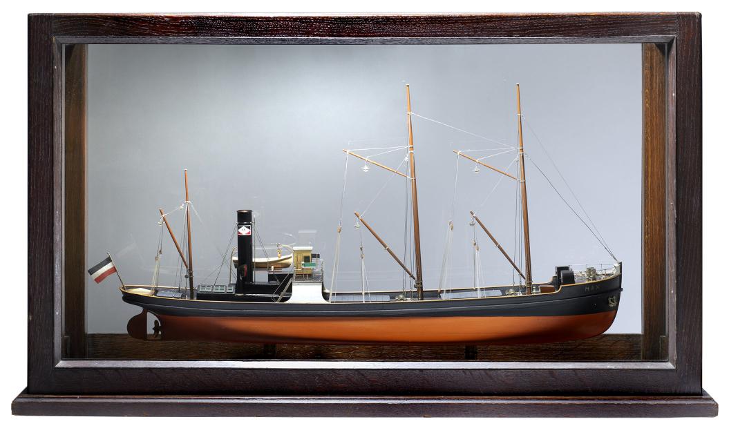 Modell eines Dampfschiffes