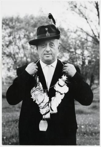 Photograph of Hugo Spiegel as champion marksman