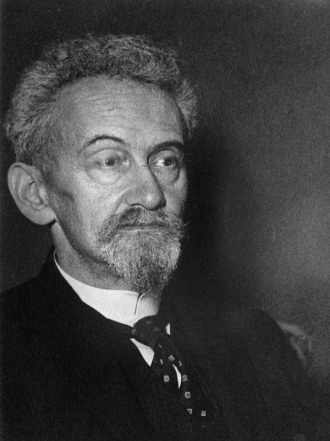 Portrait of Felix Hausdorff in half-profile, black-and-white photograph