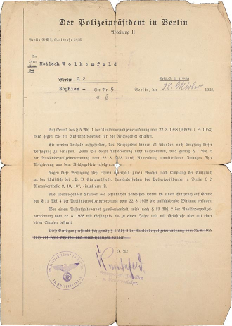 Decision of the President of Police Berlin for Meilech Wolkenfeld, concerning the prohibition of residence for the German Reich, form, handwritten, typewritten, Berlin, 28.10.1938