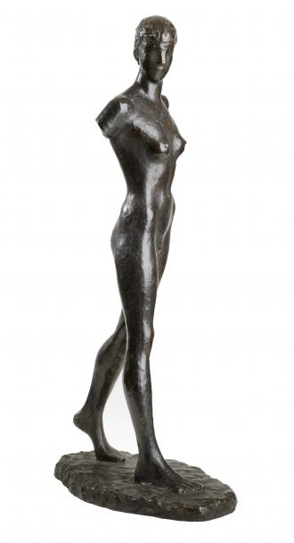 Sculpture: <cite>Girl Walking</cite> by Elisabeth Wolff