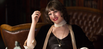"Hari Nef aus der Serie <cite><span lang=""en"">Transparent</span></cite>"