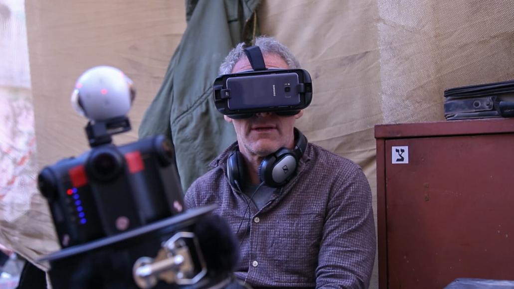 Dani Levy mit VR-Brille