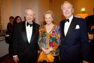 Anniversary dinner 2002: W. Michael Blumenthal, Else Beitz, and Berthold Beitz