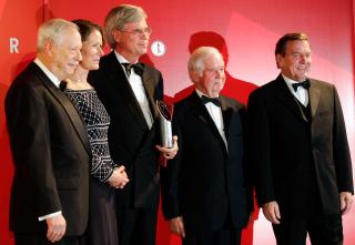 Anniversary dinner 2004: W. Michael Blumenthal, Christina Rau, Michael Otto, Kurt Biedenkopf, and Gerhard Schröder