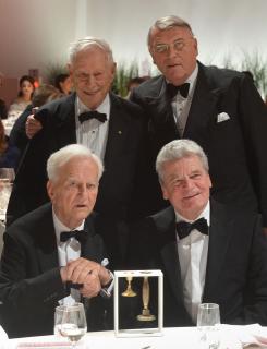 Anniversary dinner 2012: W. Michael Blumenthal, Richard von Weizsäcker, Joachim Gauck and Klaus Mangold